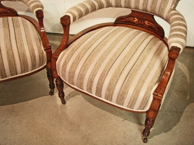 Image gallery sofas antiguos 1900 for Sillones antiguos