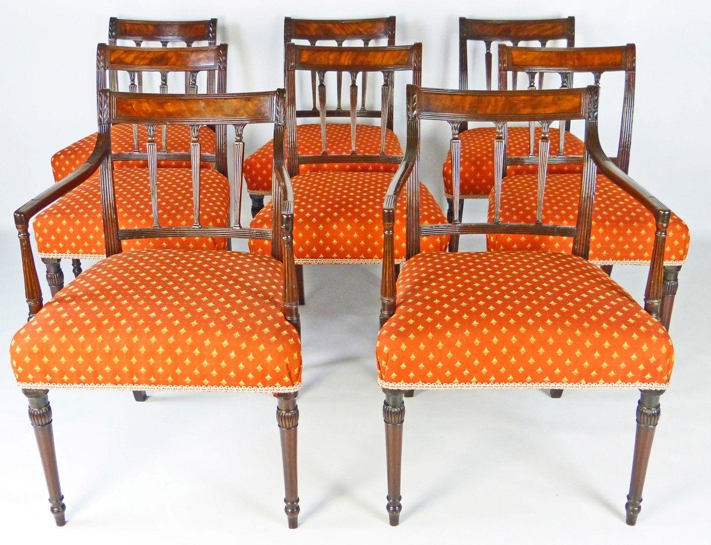 Muebles antiguos armarios antiguos mesas antiguas for Sillas comodas comedor