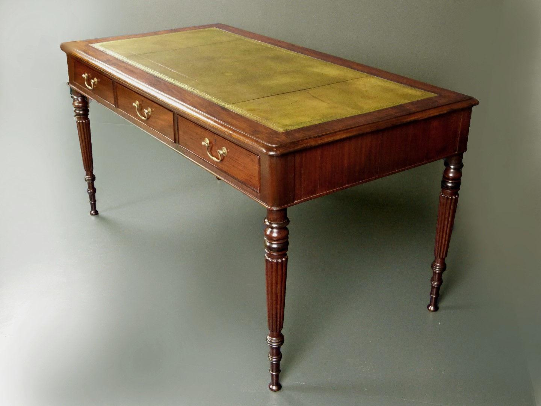 Muebles antiguos armarios antiguos mesas antiguas - Escritorio para escribir ...
