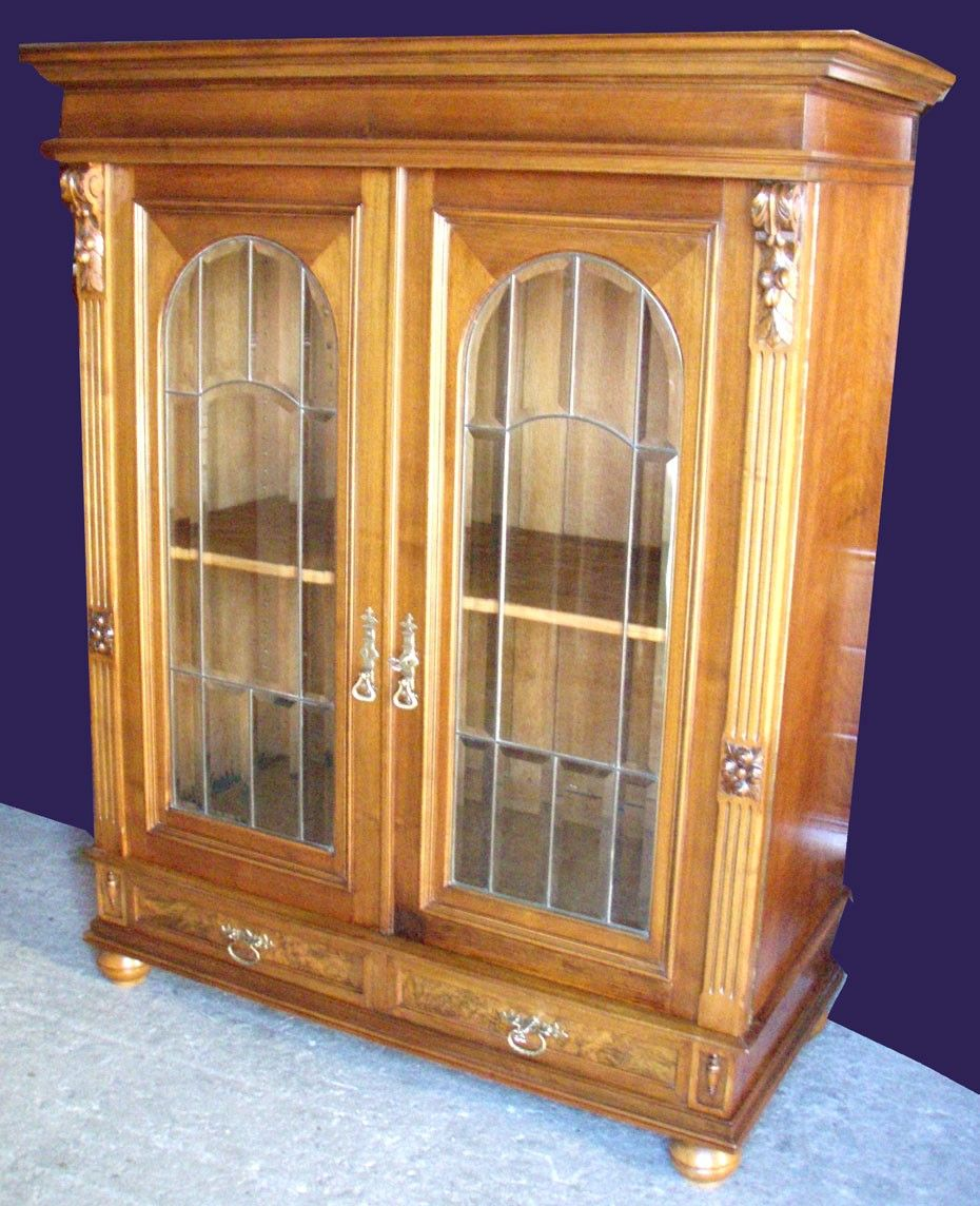 Image gallery sofas antiguos 1900 for Muebles antiguos