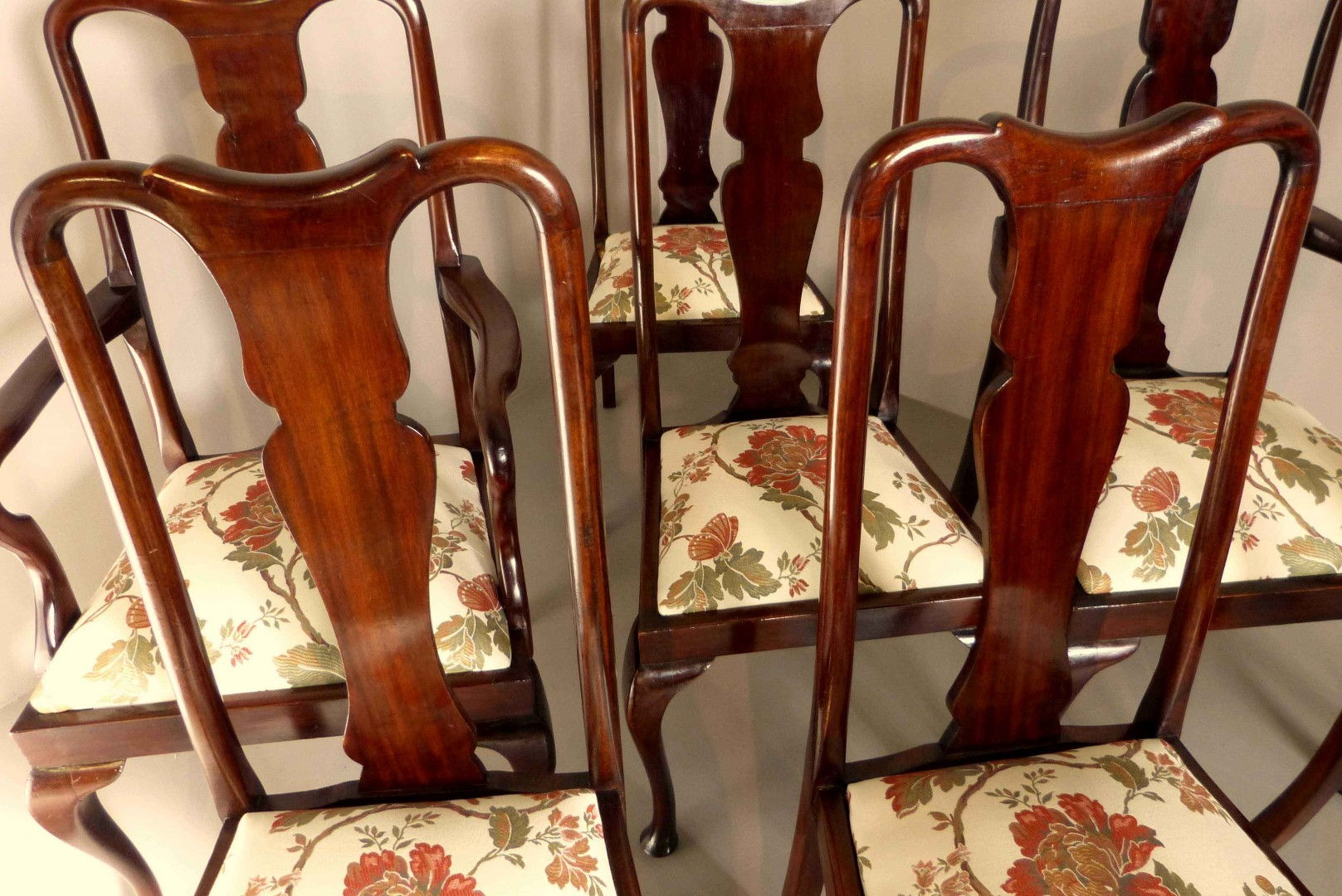 Muebles antiguos armarios antiguos mesas antiguas c modas antiguas sillones antiguos for Quiero ver muebles