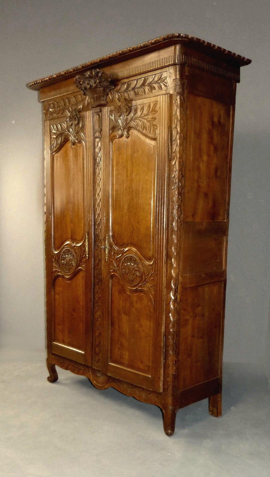 Armarios antiguos mallorquines : Muebles antiguos armarios mesas antiguas