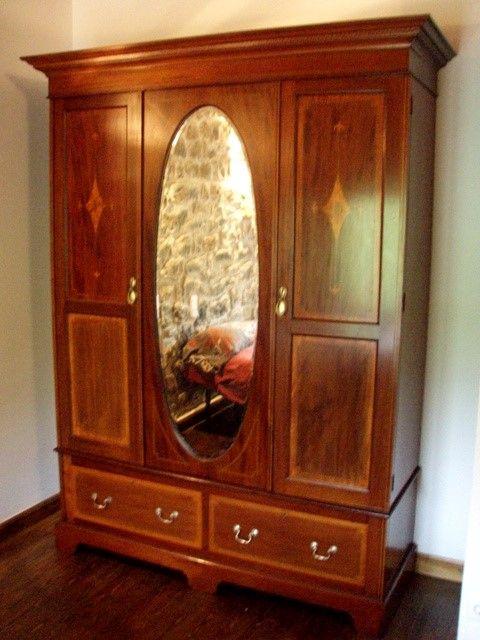 Muebles antiguos  armarios antiguos mesas antiguas ...