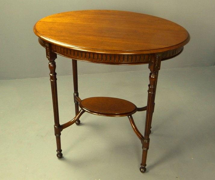 Muebles antiguos armarios antiguos mesas antiguas - Mesita auxiliar sofa ...