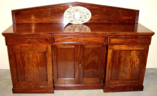 Muebles antiguos armarios antiguos mesas antiguas - Aparadores antiguos restaurados ...